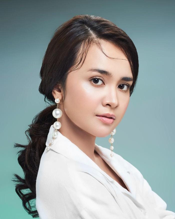 Michelle Ziudith lahir di Medan pada tanggal 20 Januari 1995. Jam terbangnya di dunia seni peran sudah terbilang banyak. Di tahun ini ia telah membintangi dua sinetron dan dua FTV. (Foto: Instagram.com/michelleziu)