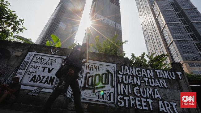 Dalam sepekan terakhir, berdasarkan catatan CNN Indonesia, penghapusan mural terjadi di Jakarta, Bandung, dan Banjarmasin.