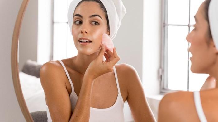 5 Rekomendasi Tinted Moisturizer untuk Hasilkan Makeup Ringan dan Flawless, Tertarik Mencoba?