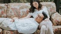 <p>Denny Sumargo hidup bahagia bersama Olivia Allan usai menikah pada 21 November 2020. Pria yang akrab disapa Densu ini menikahi sang kekasih di Bandung, Jawa Barat. (Foto: Instagram @oliviasumargo)</p>