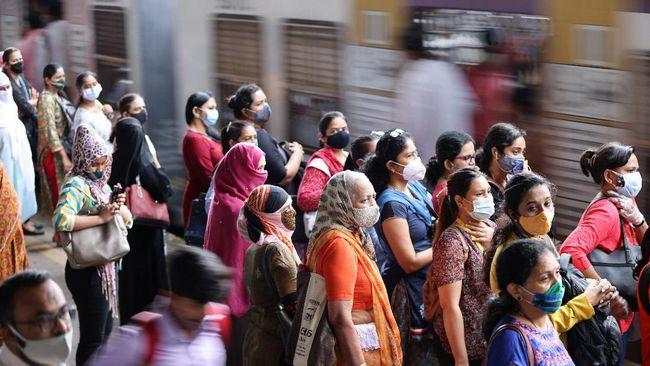 India bersiap menghadapi kemungkinan gelombang ketiga infeksi Covid-19 setelah lonjakan kasus virus corona terdeteksi dua pekan usai gelaran festival panen.