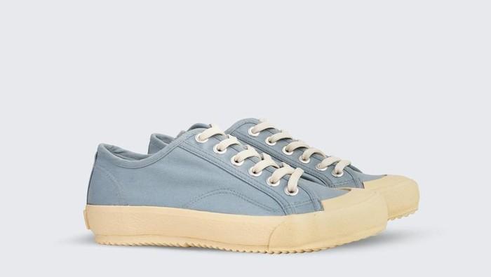 Rekomendasi Sneakers Lokal dengan Harga Terjangkau! Yuk Tampil Stylish Sambil Dukung Local Brand