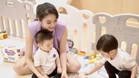 <p>Sandra Dewi juga menyediakan ruang bermain yang aman untuk dua buah hatinya. (Foto: Instagram @sandradewi88)</p>