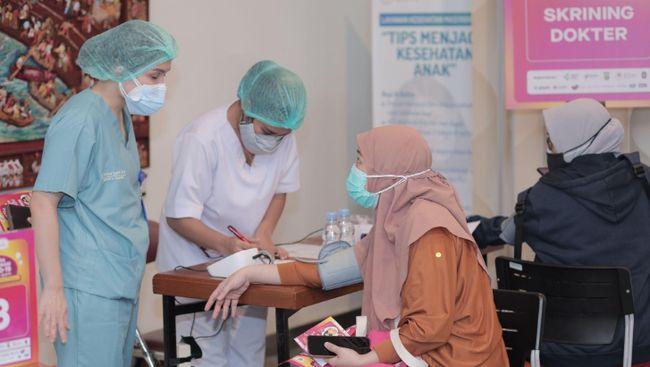 Gojek melalui layanan GoTix menyelenggarakan sentra vaksinasi Covid-19 khusus ibu hamil (bumil) dan ibu menyusui (busui) di Jakarta, 23-28 Agustus lalu.