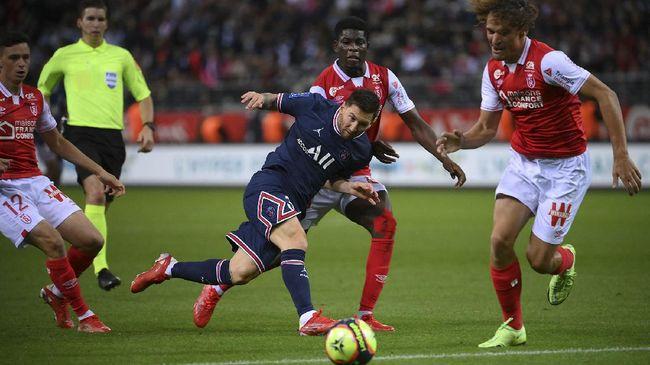 Pemain Reims, Andrew Gravillon, gagal mendapatkan jersey pemain baru Paris Saint-Germain (PSG), Lionel Messi.