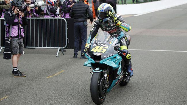 Jelang MotoGP San Marino, Rossi menyebut melihat data performa motor yang ditunggangi oleh Andrea Dovizioso tidaklah terlalu berguna.
