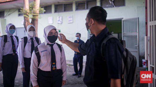 IDI takut perilaku-perilaku tak waspada akibat relaksasi PPKM justru malah membuat Indonesia masuk dalam jurang hiperendemi covid-19.