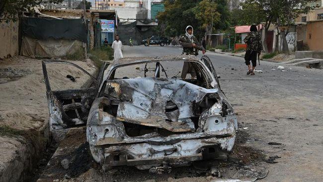 Mobil patroli Taliban jadi target salah satu dari tiga serangan bom di Aghanistan yang menewaskan setidaknya dua orang.