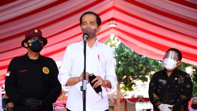 Presiden Jokowi mengatakan organisasi karang taruna harus bisa melahirkan pemimpin berwatak sosial, termasuk berkontribusi terhadap ekonomi.