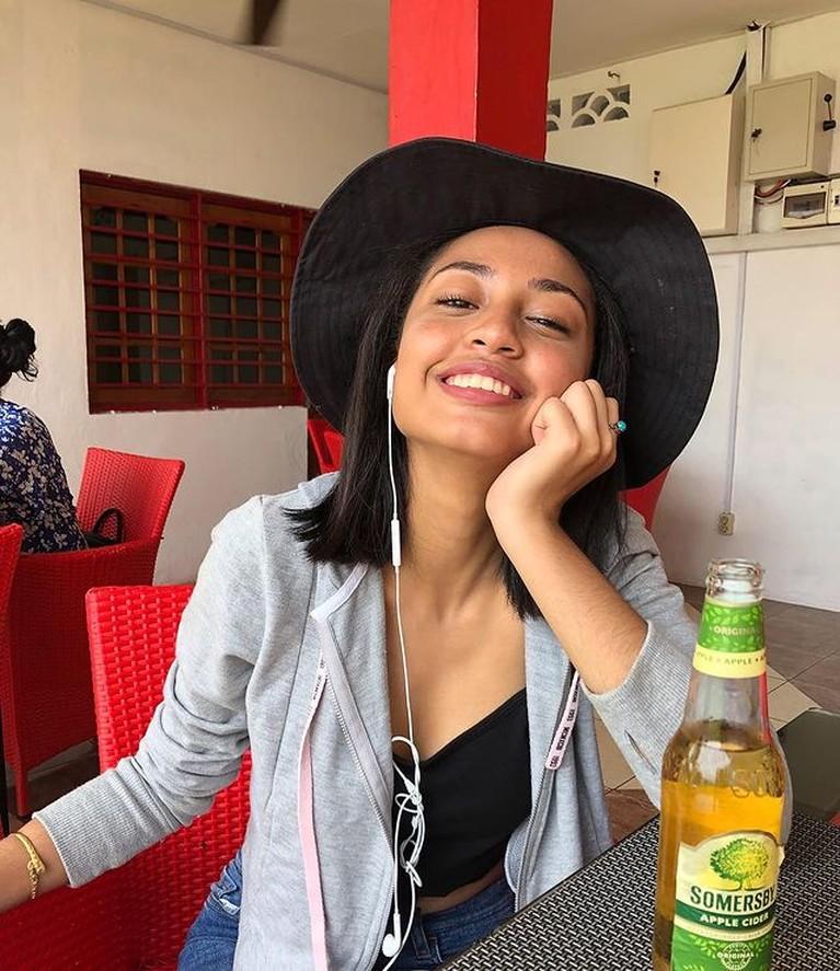 Noor Athalia adalah putri sambung Krisdayanti yang telah beranjak dewasa dan tak pernah tersorot. Yuk intip potretnya!