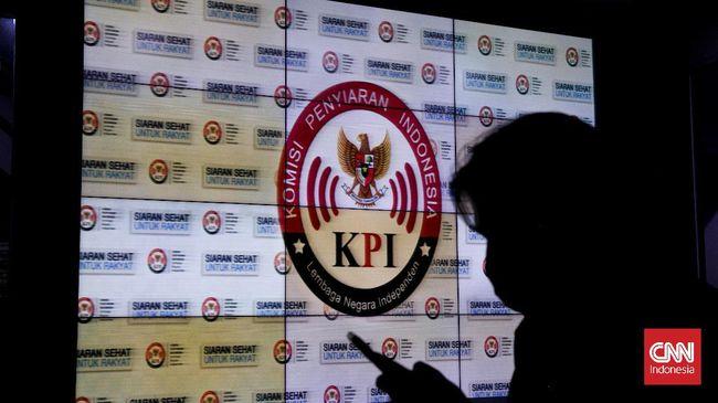 Pimpinan Komisi Penyiaran Indonesia (KPI) mengakui pihaknya tidak banyak melakukan upaya terkait kasus pelecehan seksual di kantornya.