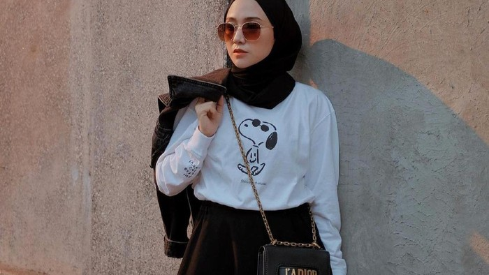 Wajib Punya! 5 Item Fashion Untuk Kamu yang Baru Berhijab