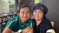 <p>Pernikahan Joy Tobing dan Cahyo Permono disebut-sebut akan dilangsungkan dalam waktu dekat, Bunda. (Foto: Instagram @yoxforchrist)</p>