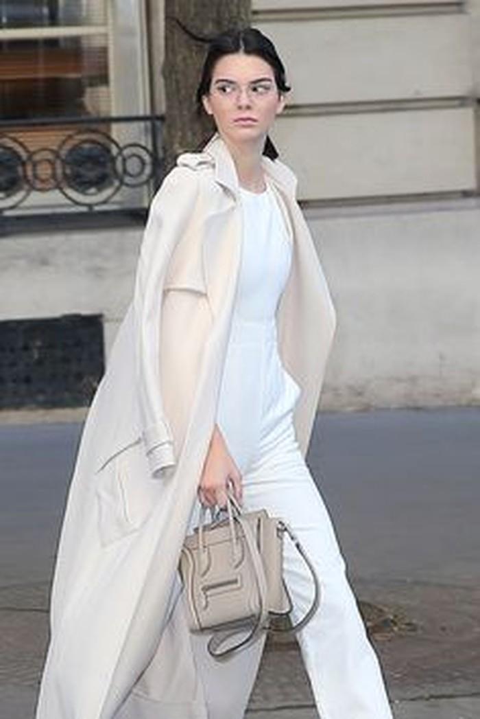 Pada awal diluncurkan tahun 2010, Celine Luggage langsung menarika atensi lewat desain yang klasik namun tetap playful.(foto: pinterest.com)