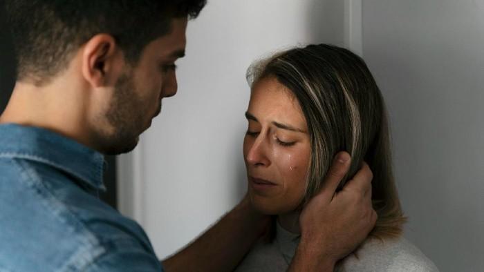 Belajar dari Mantan, Ini Pelajaran Berharga Untukmu Korban Abusive Relationship