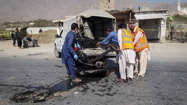 Seorang komandan Taliban yang menjabat sebagai kepala kepolisian di daerah Shigal, Afghanistan, dilaporkan tewas akibat ledakan bom pada Kamis (14/10).