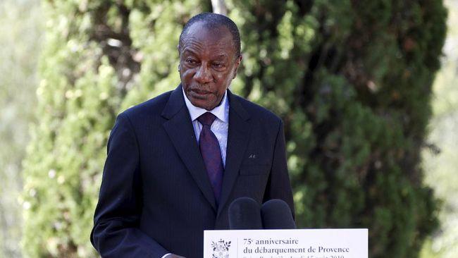 Kudeta militer yang terjadi di Guinea pecah setelah amendemen konstitusi soal masa jabatan presiden.