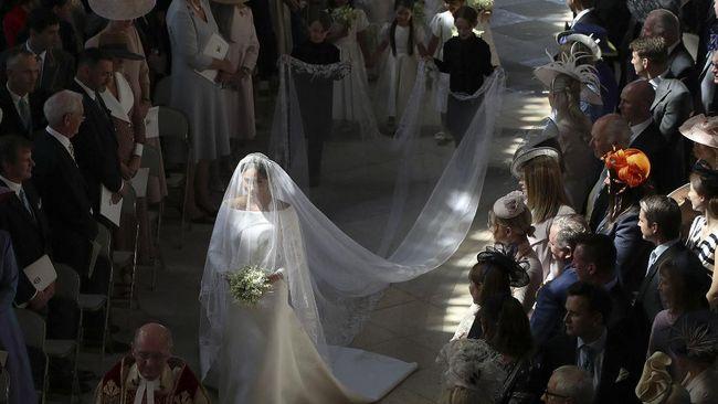 Berikut sejumlah gaun pernikahan selebriti, berdasarkan pencarian paling tinggi selama setahun terakhir.