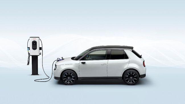 Pemotongan tarif sebesar 30 persen untuk pengecasan kendaraan listrik itu berlaku mulai 22.00 hingga 05.00 di rumah.