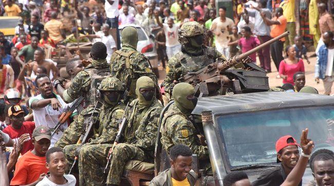 Militer Guinea juga berjanji tidak akan memburu pejabat pemerintahan sebelumnya.