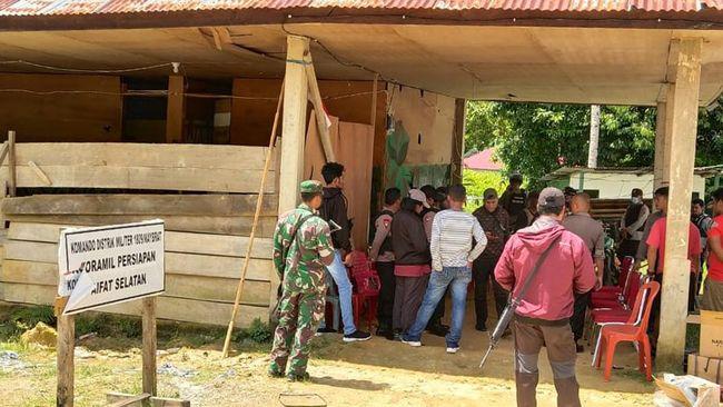 TPNPB OPM menyebut Kabupaten Maybrat sebagai wilayah konflik mereka dengan TNI dan memperingatkan warga sipil yang tinggal di sana.