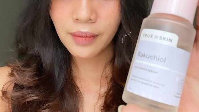 Review Serum Lokal,  Bakuchiol True to Skin, Antiaging untuk Si Kulit Sensitif