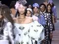 VIDEO: Gelaran Berlin Fashion Week Disambut Demo PETA