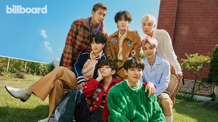 BTS Tampil dengan Busana Seharga Puluhan Juta di Pemotretan Edisi Terbaru Majalah Billboard!