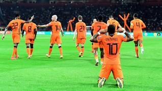 FOTO: Belanda Pesta Gol Atas Turki
