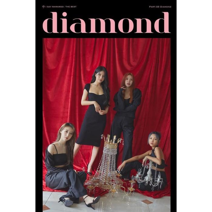 Dikabarkan segera rilis album baru, RBW Entertainment kembali membagikan concept photo MAMAMOO yang bertajuk Diamond. Dengan nuansa yang didominasi merah dan hitam, semakin menegaskan konsep girl crush yang mereka gunakan./Foto: Instagram.com/mamamoo_official
