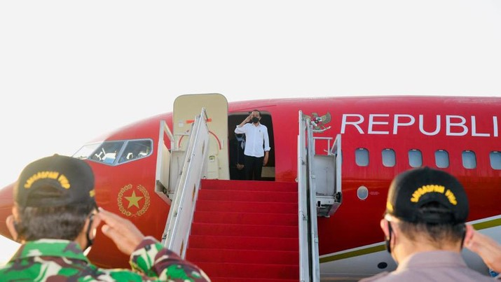 Foto/ Jokowi Bersama Ibu Iriana bertolak ke Sulawesi Selatan Dalam Rangka Kunjungan Kerja/ Foto: Rusman - Biro Pers Sekretariat Presiden