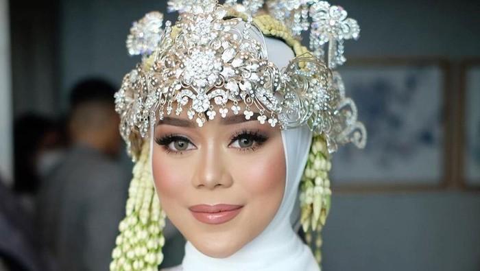 Deretan Selebriti Indonesia yang Tampil Berhiaskan Makeup Pernikahan Karya Bennu Sorumba