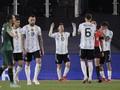 FOTO: Hattrick Messi Lewati Rekor Gol Pele