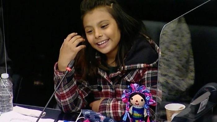 Kisah Gadis Jenius 10 Tahun, Adhara: IQ-nya Melebihi Einstein, Kini Kuliah di 2 Jurusan, dan Sempat Depresi