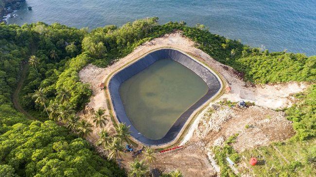 Pembangunan embung tadah hujan di Kabupaten Gunungkidul, DIY itu merupakan wujud komitmen Coca-Cola untuk mengelola air secara bertanggung jawab.