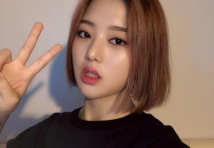 Dikenal sebagai salah satu rapper perempuanterbaik, Kisum punya wajah imut yang tidak kalah menggemaskan dengan idol K-Pop perempuan lainnya./Foto: instagram.com/kisum0120