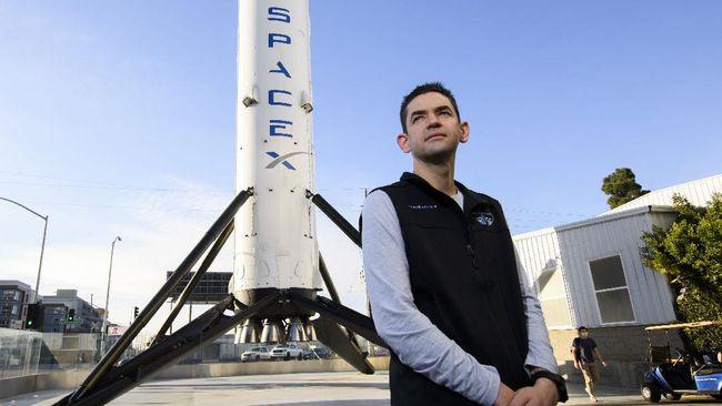 Misi luar angkasa Inspiration4 yang merupakan kerja sama SpaceX dengan NASA bakal segera diluncurkan.