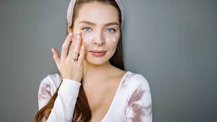 Stop Percaya Mitos Skincare! Ini 5 Fakta Keliru yang Harus Kamu Tahu