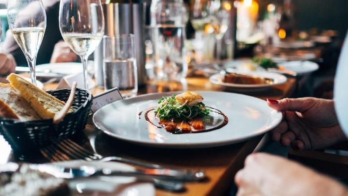Ketahui 6 Etika Dasar Ini Sebelum Kamu Makan ke Restoran Fine Dining, Biar Nggak Norak