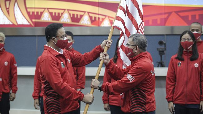Berkekuatan 735 atlet, DKI Jakarta ditargetkan Anies Baswedan merebut kembali posisi juara umum di PON Papua.