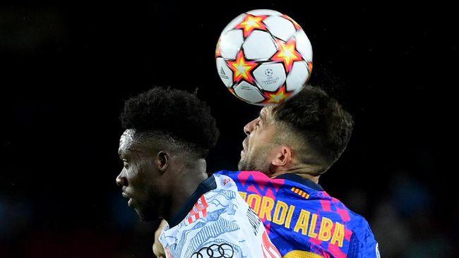 Bek kiri Barcelona Jordi Alba diklaim sempat muntah sebelum dipaksa tampil melawan Bayern Munchen di Liga Champions.