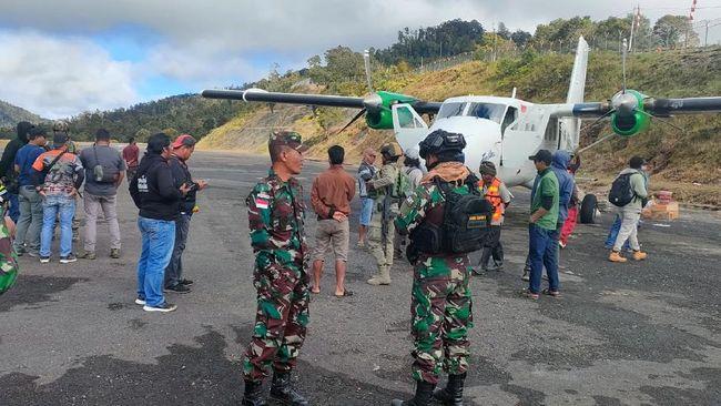 Pesawat Rimbun Air PK-OTW disebut dua kali gagal mendarat di Bandara Bilorai, Distrik Sugapa, Intan Jaya, Papua sebelum jatuh.