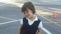 <p>Sejak kecil, kecantikan Manuella sudah terlihat dengan jelas. Mirip seperti ibundanya, ya? (Foto: Instagram @sophia_latjuba88)</p>