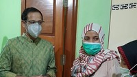 <p>Namun, sebelum meninjau, Nadiem Makarim rupanya mampir ke salah satu rumah calon Guru Penggerak di Yogyakarta yaitu Khoiry Nuria. Nuri, sapaan karibnya, awalnya mengaku kaget dan tak percaya. (Foto: Instagram @khoirynuria)</p>