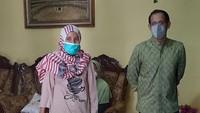 <p>Pada 14 September, Mendikbudristek Nadiem Makarim melakukan kunjungan kerja ke Yogyakarta, Bunda. Kunjungan kerjanya itu guna meninjau pelaksanaan PTM terbatas dan berdialog dengan sejumlah kepala sekolah. (Foto: Instagram @khoirynuria)</p>