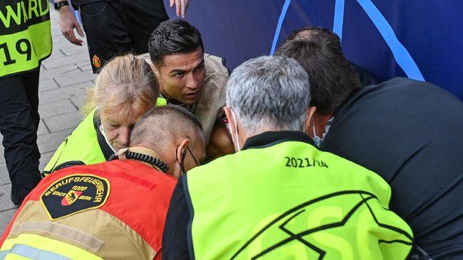 Petugas wanita yang sempat KO karena terkena bola tendangan Cristiano Ronaldo mengaku sempat benci CR7. Marisa Nobile pernah cekcok dengan Ronaldo.