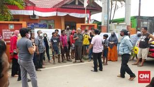Pelayanan Lamban, Kantor Lurah di Makassar Disegel Warga