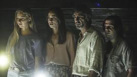 Sinopsis Film A Classic Horror Story, Horor Sekte Sesat