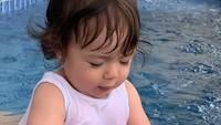 <p>Putri pertama pasangan Asmirandah dan Jonas Rivanno, Chloe Emmanuelle Van Wattimena, kini telah berusia 9 bulan, Bunda. (Foto: Instagram @asmirandah89)</p>