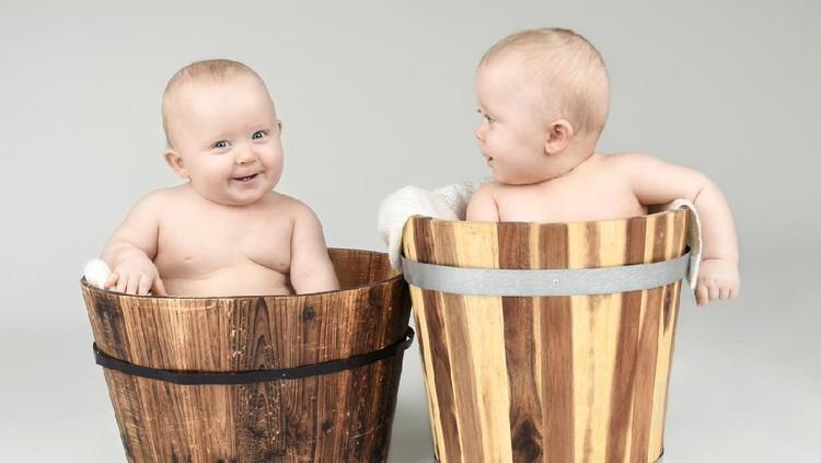 Ilustrasi nama bayi kembar
